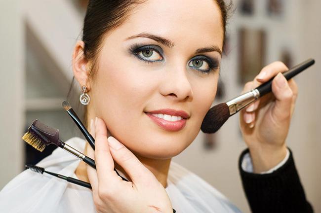 什么人适合欧美妆容,欧美妆容教程图解 美容 第1张